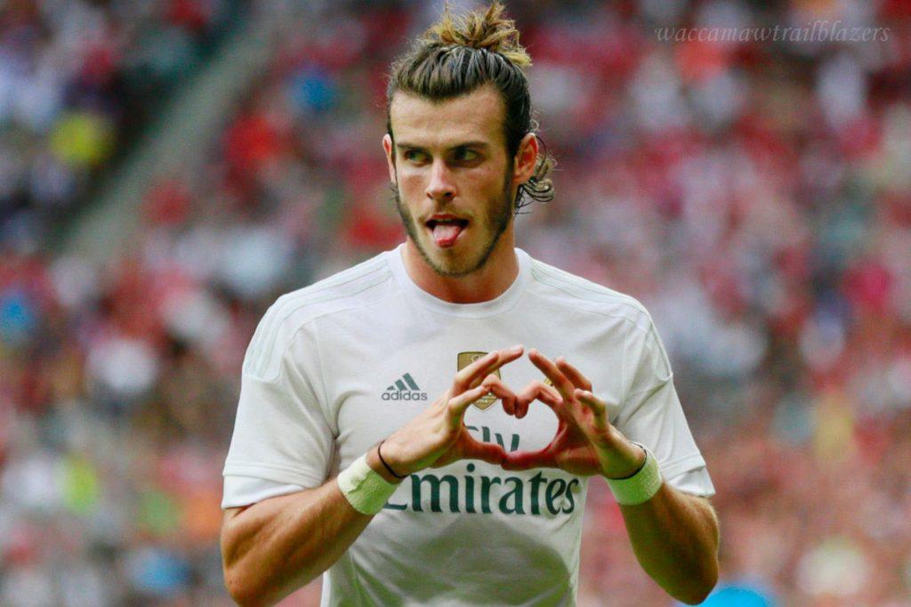ท็อตแนม กำลังเจรจากับเรอัลมาดริดเกี่ยวกับข้อตกลงในการเซ็นสัญญาเซอร์จิโอเรกุยลอนแบ็กซ้าย Gareth Bale จะเปิดให้กลับไปที่ท็อตแนม